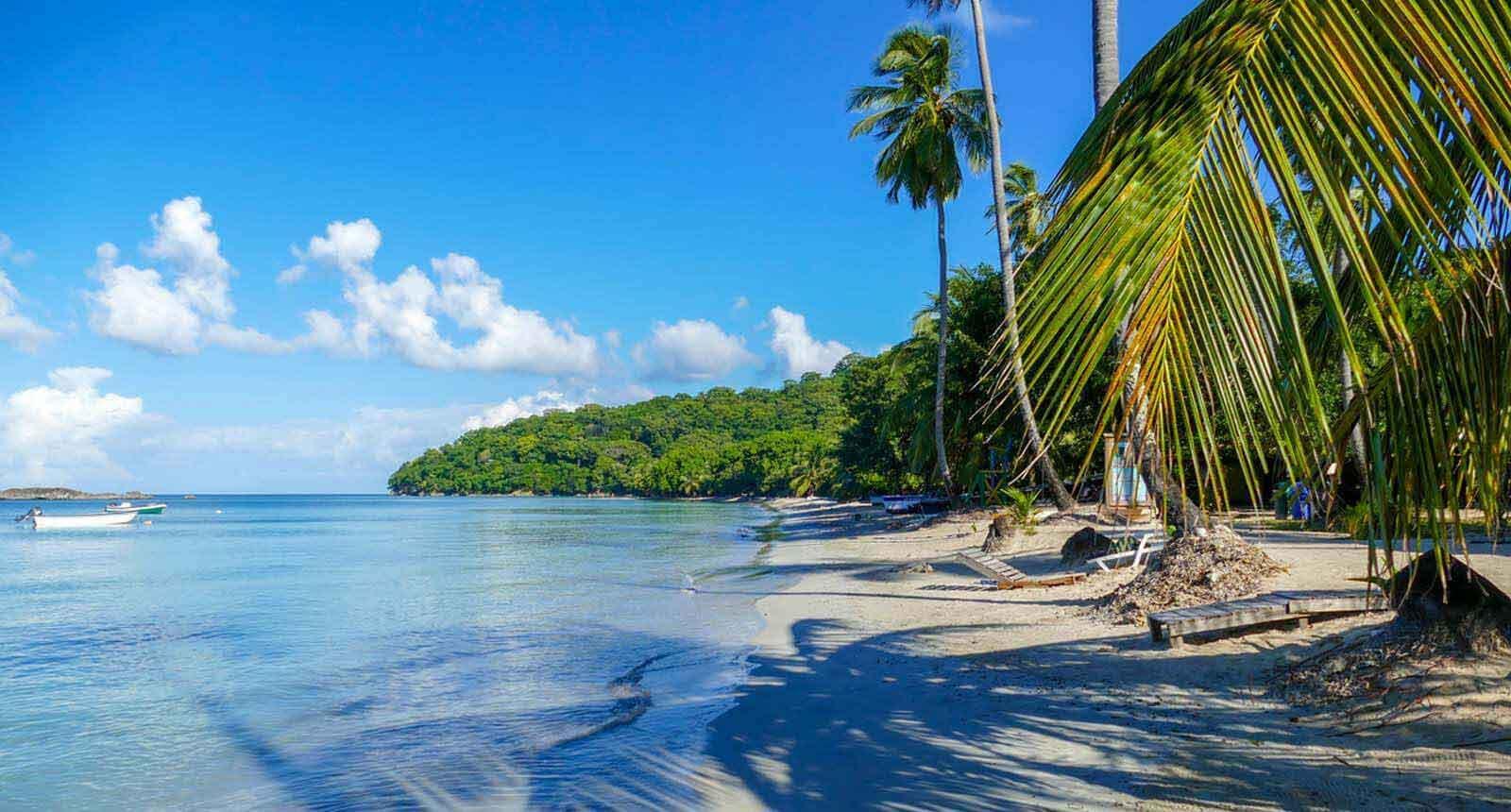 Beach in Providencia Colombia