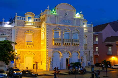 Teatro Heredia Cartagena at night