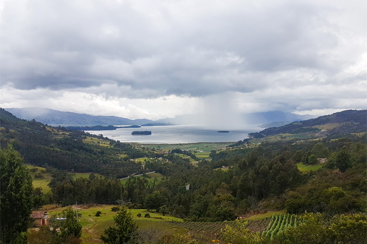 Picture of Laguna de Tota surrounded by mountains